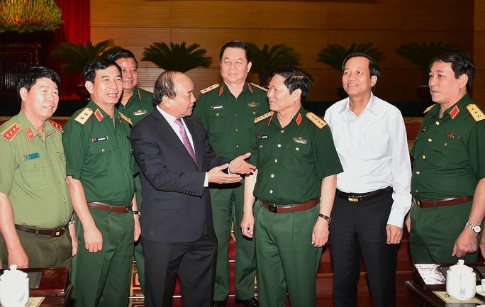Thủ tướng: Tạo điều kiện tốt nhất cho quân đội - Ảnh 1.