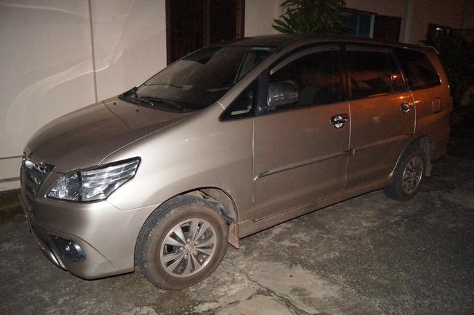 Truy tìm kẻ trộm ô tô, mang qua Campuchia cầm cố - Ảnh 1.