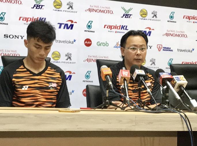 HLV Malaysia: Cứ gặp U22 Việt Nam, sân mới kín chỗ - Ảnh 2.