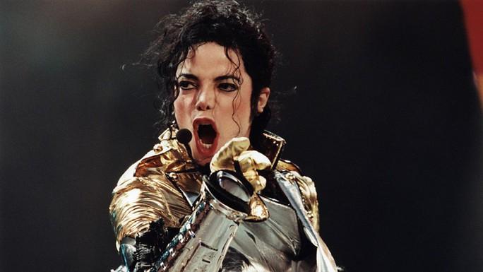 Michael Jackson vẫn kiếm tiền khủng dù đã qua đời - Ảnh 4.