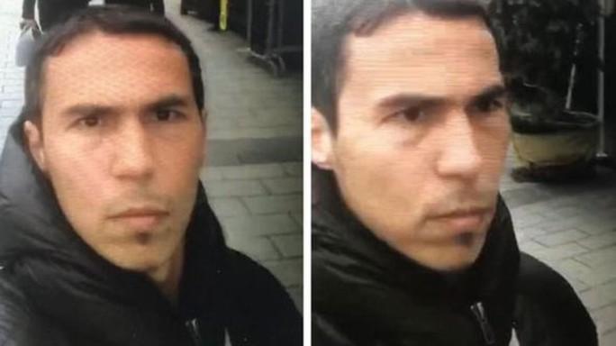 Cánh sát công bố hình ảnh mới nhất của nghi phạm tấn công hộp đêm. Ảnh: BBC