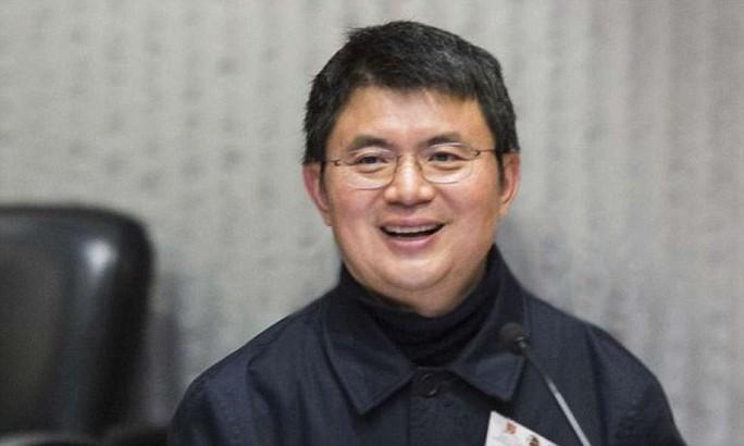 Tỉ phú Trung Quốc Tiêu Kiến Hoa Ảnh: DAILY MAIL