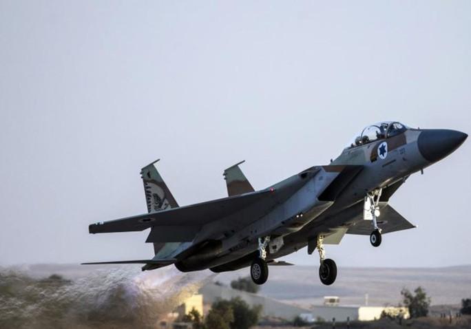 """Quan chức Syria nói rằng đòn tấn công của Israel nhằm """"khuyến khích và ủng hộ lực lượng khủng bố"""". Ảnh: REUTERS"""