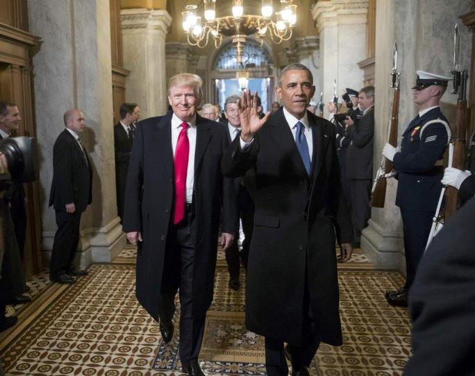 Tổng thống Donald Trump và cựu Tổng thống Barack Obama Ảnh: REUTERS