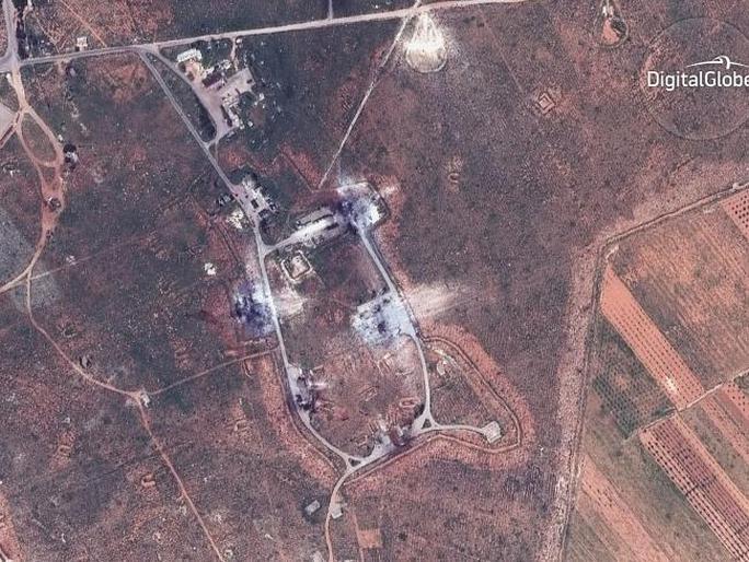Hình ảnh vệ tinh này cho thấy một tòa nhà bị phá hủy ở phía Đông Nam của căn cứ không quân Shayrat ở Syria. Ảnh: AP