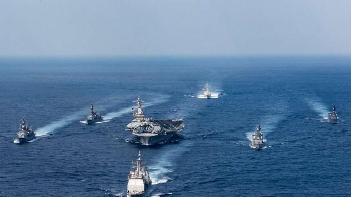 Tàu sân bay USS Carl Vinson tham gia cuộc tập trận với Nhật Bản hồi tháng 3. Ảnh: EPA