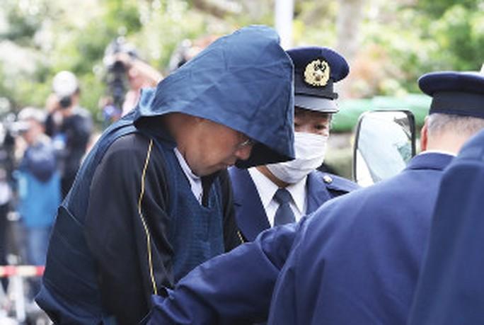 Nghi phạm vụ bé Linh bị cáo buộc giết người - Ảnh 1.