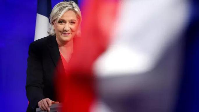 Nhà Le Pen mổ xẻ thất bại - Ảnh 2.