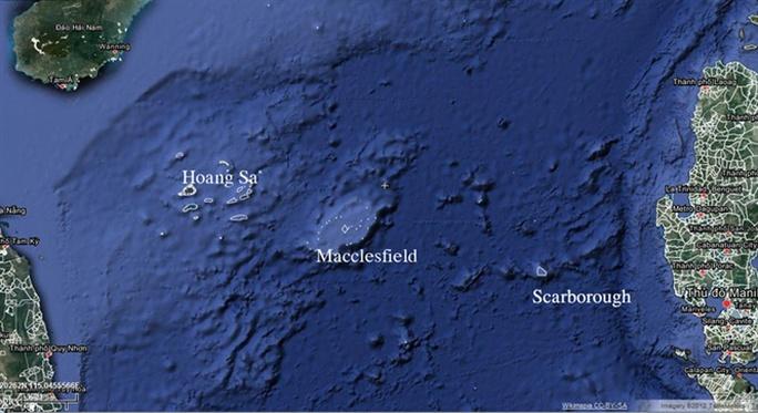 Theo ngư dân xem cá nhảy giữa biển Đông - Ảnh 1.