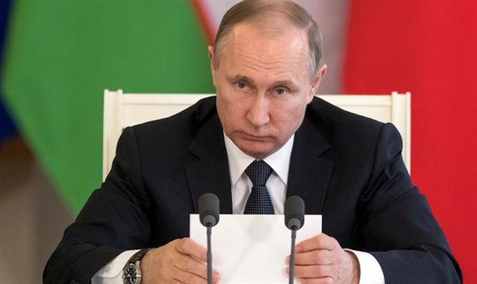 Tàu Nga phóng tên lửa hành trình tấn công IS ở Syria - Ảnh 2.