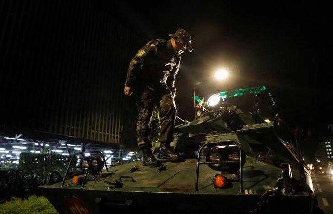 Vụ nổ súng đẫm máu Philippines: Tay súng là người nước ngoài - Ảnh 5.
