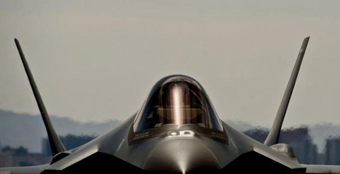 Mỹ ngừng bay 55 chiến đấu cơ F-35 vô thời hạn - Ảnh 1.