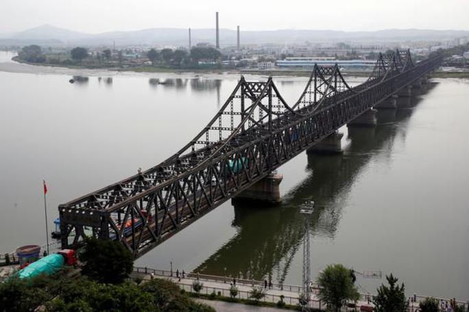 Lộ chiến dịch âm thầm trừng phạt Triều Tiên của Trung Quốc - Ảnh 1.