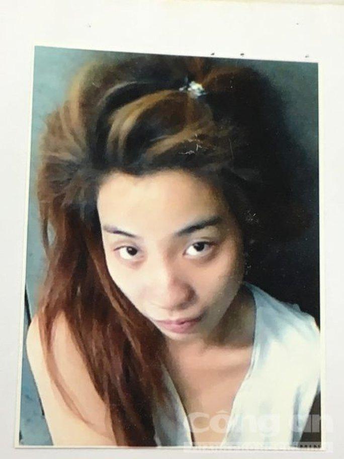 Truy nã nữ nhân viên massage trộm tài sản du khách - Ảnh 1.