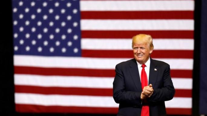 Ông Donald Trump lên tiếng sau thắng lợi về lệnh cấm nhập cảnh - Ảnh 1.