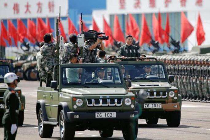 Duyệt binh lớn chưa từng có ở Hồng Kông trong 20 năm - Ảnh 2.