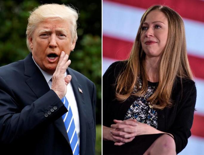 Vụ Ivanka thay cha dự họp: Ông Donald Trump và Chelsea Clinton đấu khẩu - Ảnh 1.