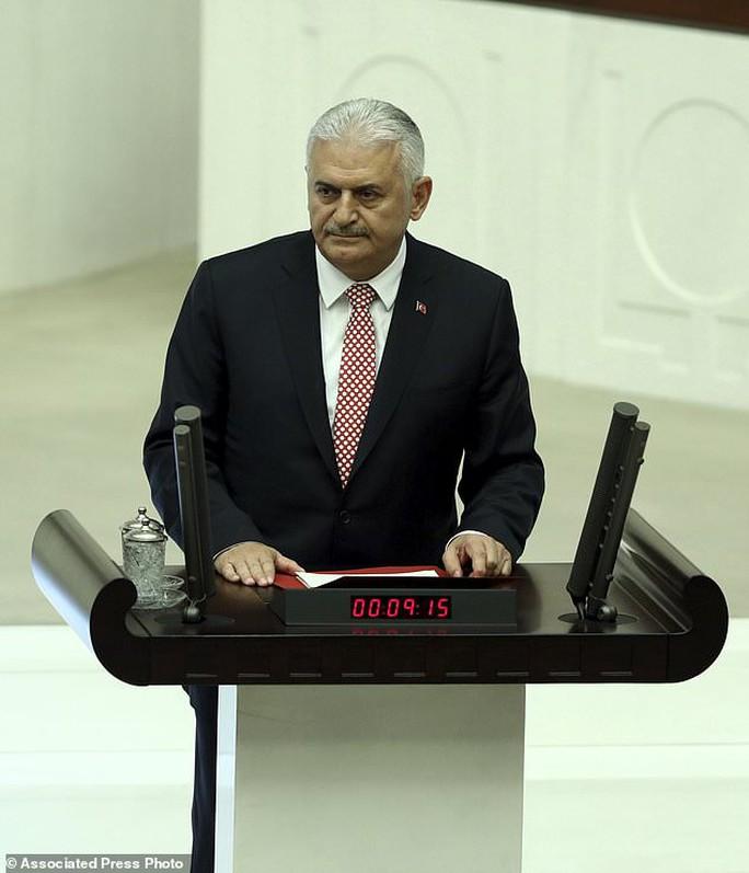 Tổng thống Thổ Nhĩ Kỳ thề lấy đầu kẻ phản bội - Ảnh 13.