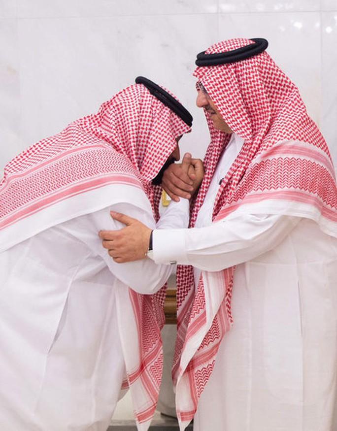 Tiết lộ động trời về đêm trước phế truất Thái tử Ả Rập Saudi - Ảnh 2.