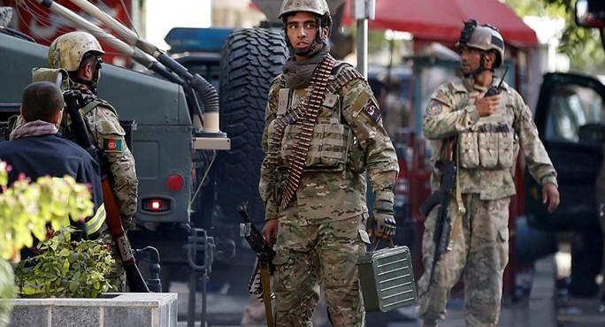 Afghanistan: Ít nhất 50 người bị sát hại tàn bạo - Ảnh 1.