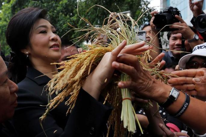 Tiết lộ mới nhất về bà Yingluck từ người nhà Đảng Pheu Thai - Ảnh 2.