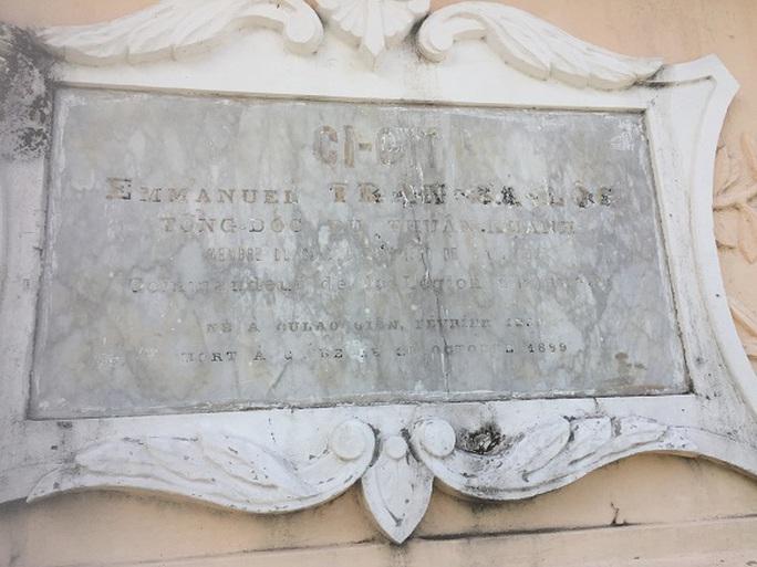 Bí ẩn giai thoại ngôi mộ chôn đứng ở Cái Bè - Ảnh 2.