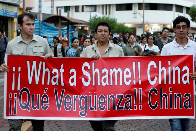 Ecuador bỏ tù 20 ngư tặc Trung Quốc - Ảnh 2.