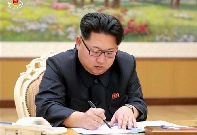 Triều Tiên xác nhận thử hạt nhân lần 6, dùng bom H - Ảnh 1.