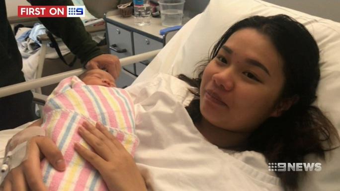 Bác sĩ Úc để quên kim trong tử cung sản phụ người Việt - Ảnh 1.
