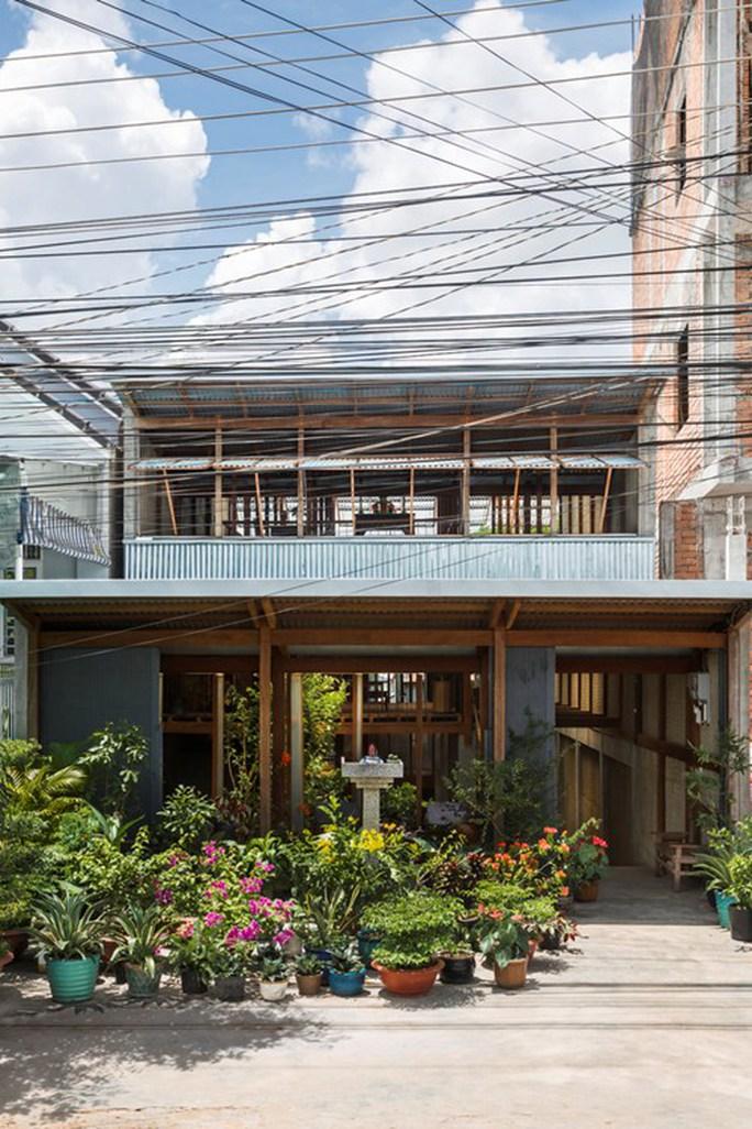 Mê mẩn căn nhà gỗ độc không tưởng ở Châu Đốc - Ảnh 1.