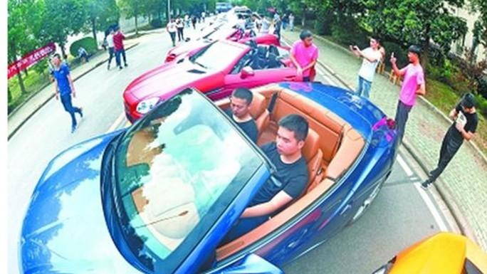 Trung Quốc: Mua hơn 20 siêu xe cho sinh viên học tháo ráp - Ảnh 1.