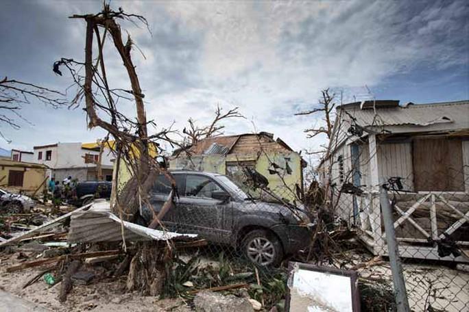 Bão Irma thổi bay nhà tù, hơn 100 tù nhân trốn thoát - Ảnh 7.