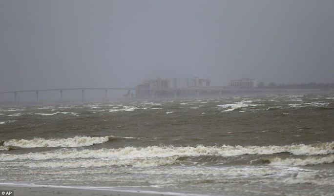 Bão Irma đổ bộ vào bang Florida - Ảnh 6.