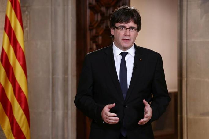 Chính phủ Tây Ban Nha dịu giọng với người xứ Catalonia - Ảnh 2.