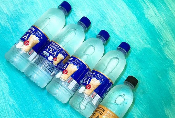 Nước lọc vị trà sữa xách tay giá 120.000 mỗi chai - Ảnh 1.