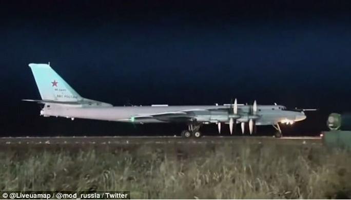 Nga thử tên lửa Satan 2 có khả năng mang 12 đầu đạn hạt nhân - Ảnh 2.