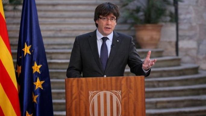 Tây Ban Nha kêu gọi cựu thủ hiến Catalonia ra tranh cử - Ảnh 1.