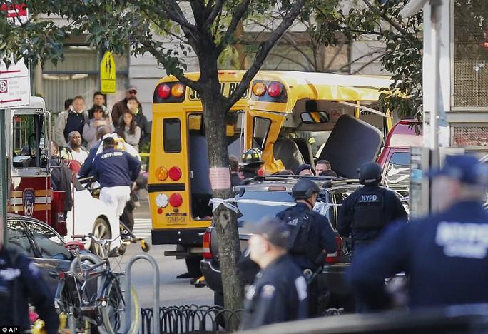 Hé lộ nhân thân kẻ khủng bố New York - Ảnh 9.