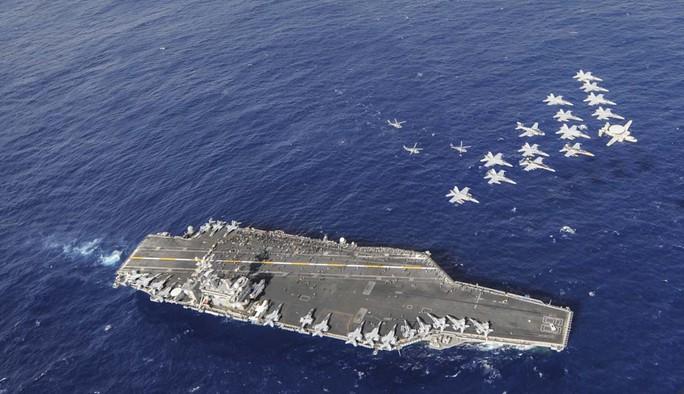 7 tàu sân bay Mỹ đồng loạt xuất hiện, Mỹ - Hàn tập trận hiếm thấy - Ảnh 2.