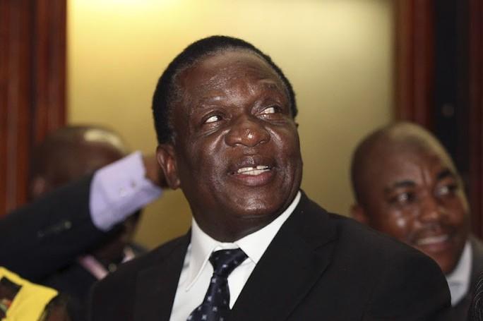 Ông Mugabe bị học trò lật bằng chính chiêu của mình - Ảnh 1.
