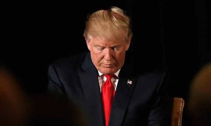 Quỹ từ thiện của ông Donald Trump giải tán - Ảnh 1.