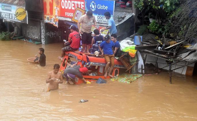 Tiến về Việt Nam, bão Tembin làm 133 người chết ở Philippines - Ảnh 4.