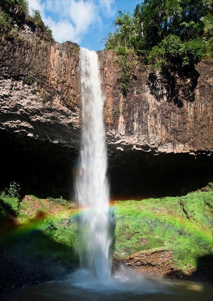 Những thác nước hùng vĩ đến khó tin ở Việt Nam - Ảnh 11.
