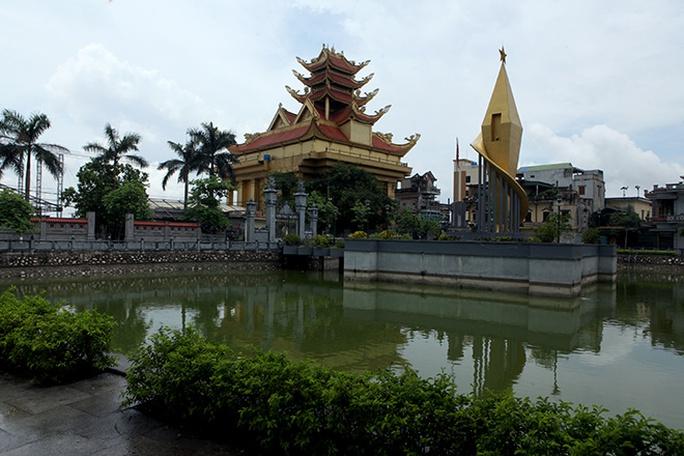 Choáng với ngôi làng hơn 100 tỉ phú ở Thái Bình - Ảnh 4.