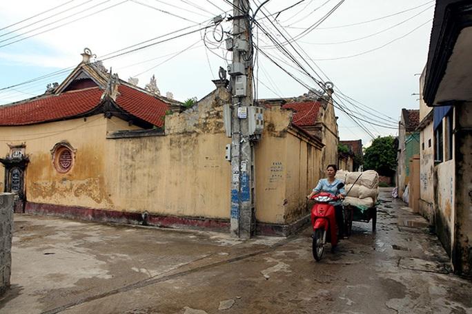 Choáng với ngôi làng hơn 100 tỉ phú ở Thái Bình - Ảnh 7.