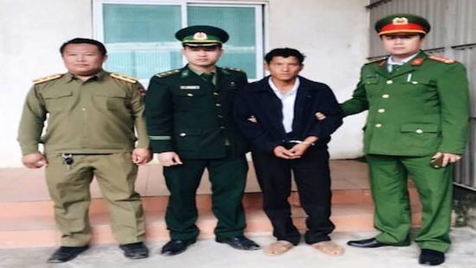 Đối tượng Lỳ Bá Chày bị bắt giữ sau gần 20 năm trốn nã.