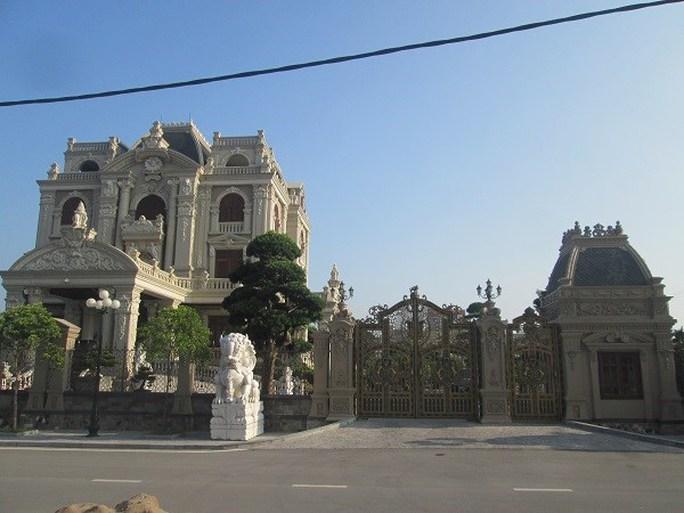 Toàn cảnh lâu đài của đại gia Hà Nam