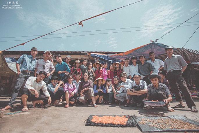 Phiên chợ quê có 1 không 2 ở Quảng Bình - Ảnh 13.