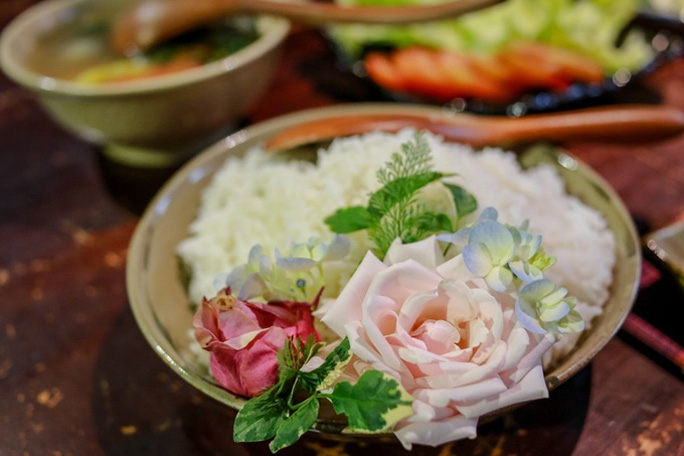 Quán cơm chỉ bán 25 suất mỗi ngày ở Sài Gòn - Ảnh 5.
