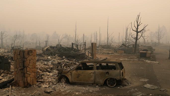 Dòng sông rượu vang sôi sùng sục sau cháy rừng ở California - Ảnh 5.